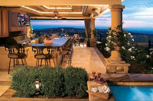 Outdoor Kitchens - Bringing nature right to the table in style