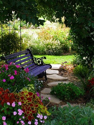 Backyard retreat ideas some of my favorites from around the net Beautiful and shady home garden design ideas