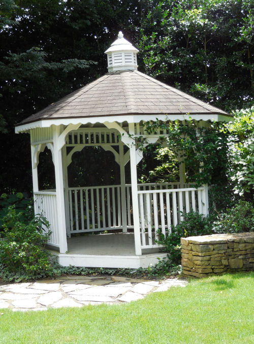 Gazebo in the White Gardens