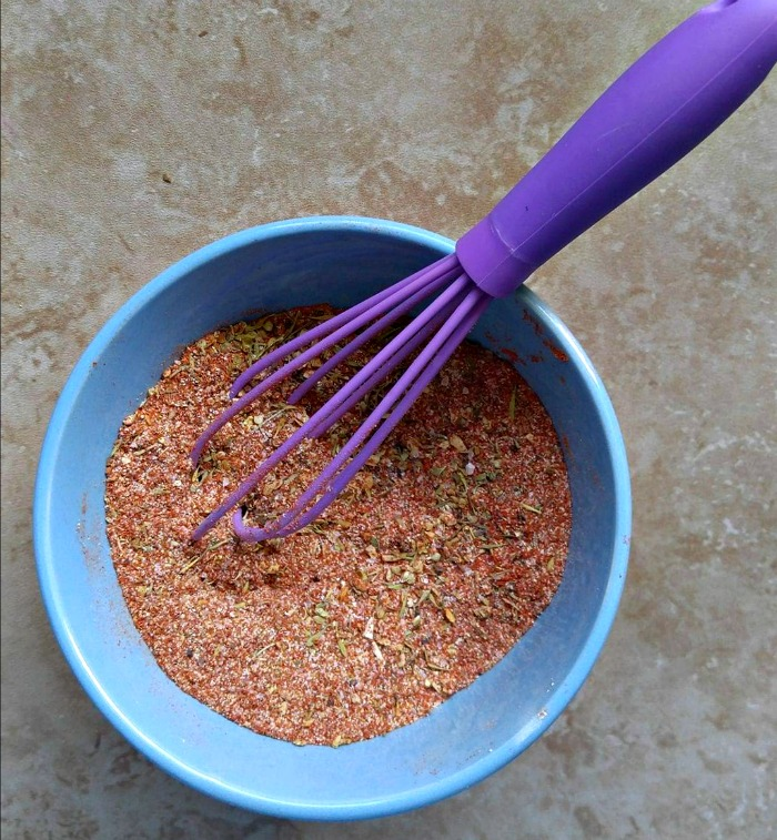 Mix the spice rub in a bowl with a whisk