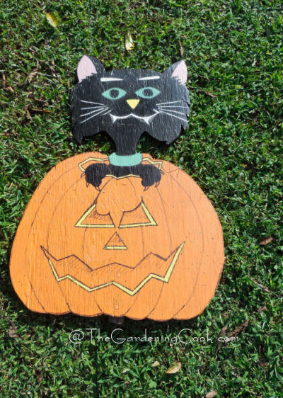 Halloween Spooky Wood Cut Out Decorations - The Gardening Cook
