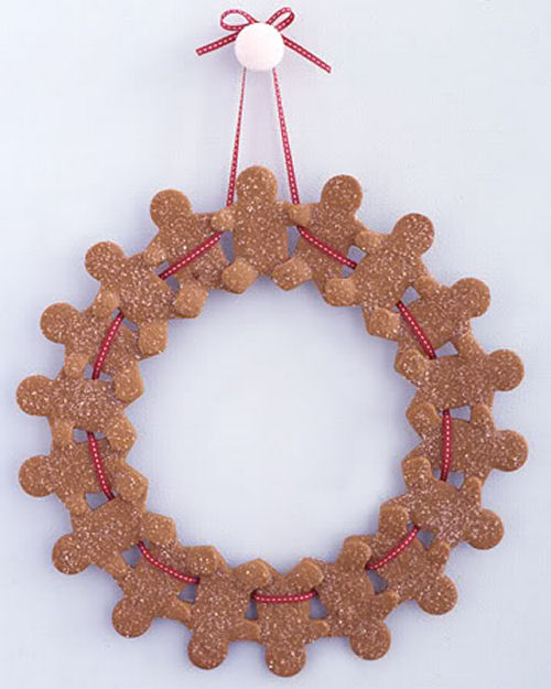 Gingerbread Man Christmas wreath from marthastewart.com