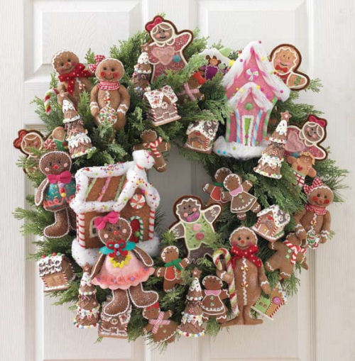 Gingerbread Christmas wreath from razchristmas.blogspot.com