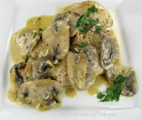 Julia Child knock off recipe - Chicken and mushrooms in a cream sauce