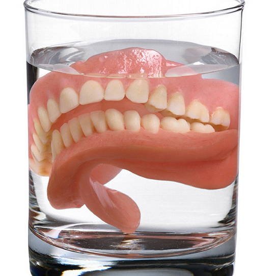 Vinegar as a denture cleaner