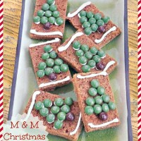 M & M Gingerbread Christmas Tree cookies - the gardeningcook.com/