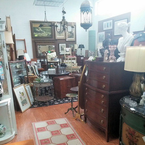 antique hunting in greensboro