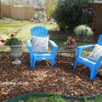 Charming front yard seating area