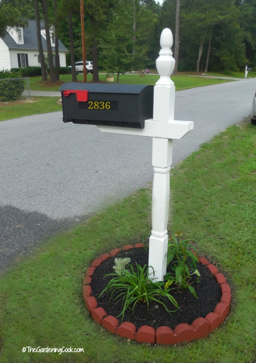 Finished Mailbox make over