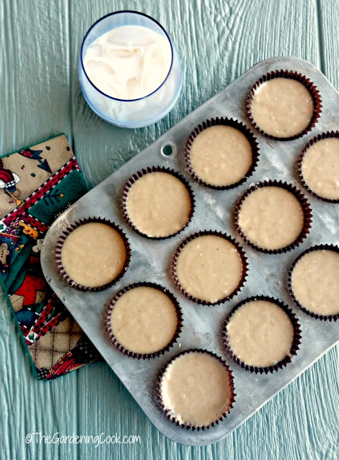 Eggnog muffins ready to bake