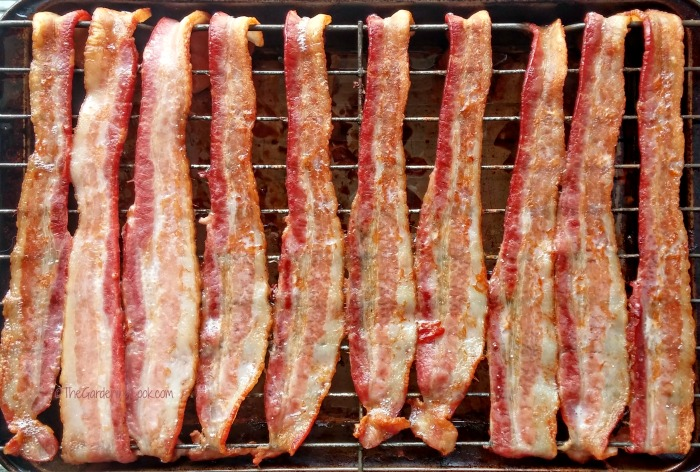 bacon cooked in the oven
