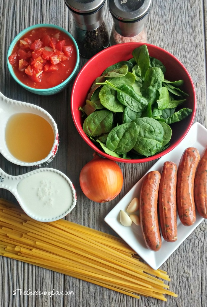 ingredients for spinach sausage fettuccine recipe