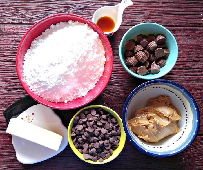 Ingredients for the Reese's peanut butter cup fudge