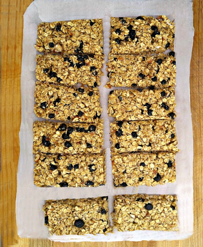 Cut blueberry granola bars