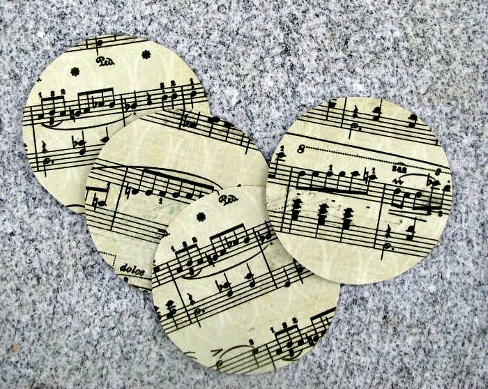 Round music sheet shapes