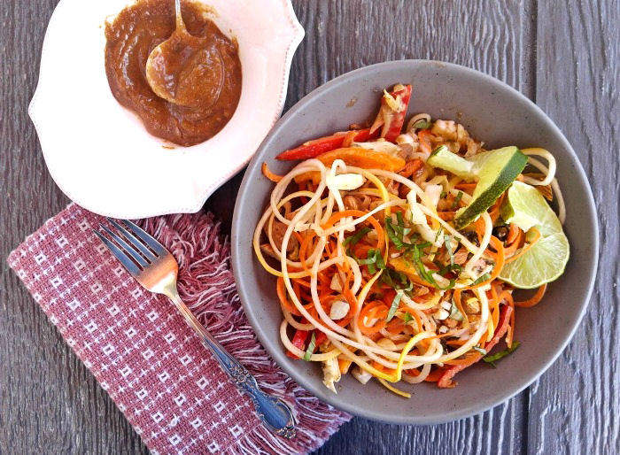 Asian zucchini noodle salad and spicy dressing