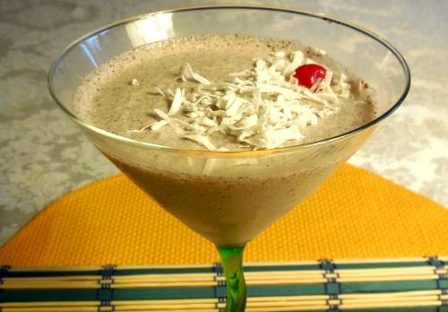 Frozen coconut rum cocktail