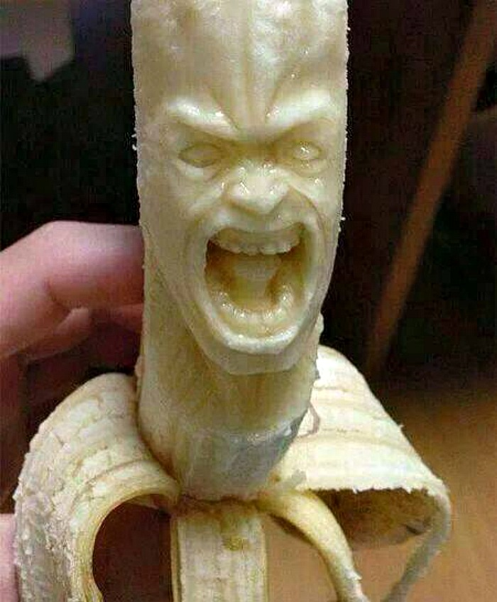 Banana carving for a face