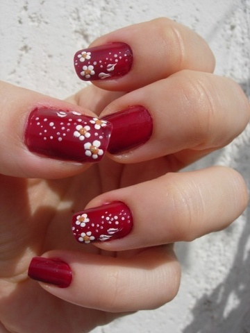 flower nails  decorative and pretty accents for your hands