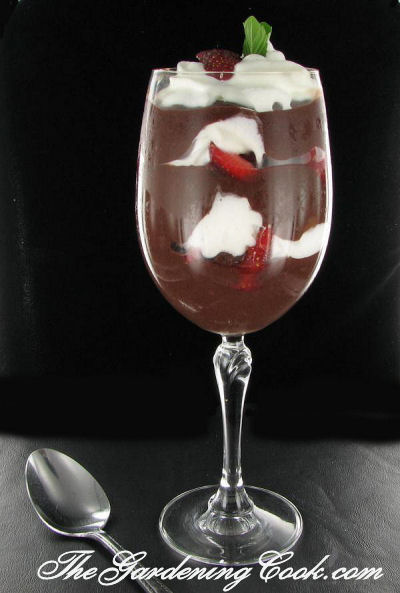 Easy Strawberry chocolate moussee