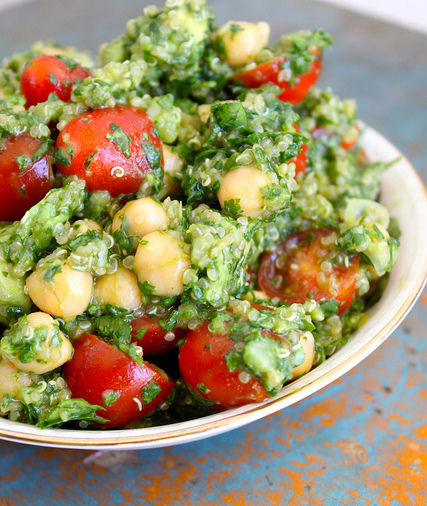 lemon quinoa chickpea cilantro salad