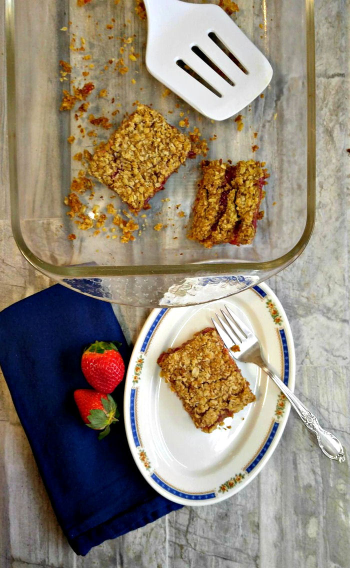 Serving strawberry oatmeal bars
