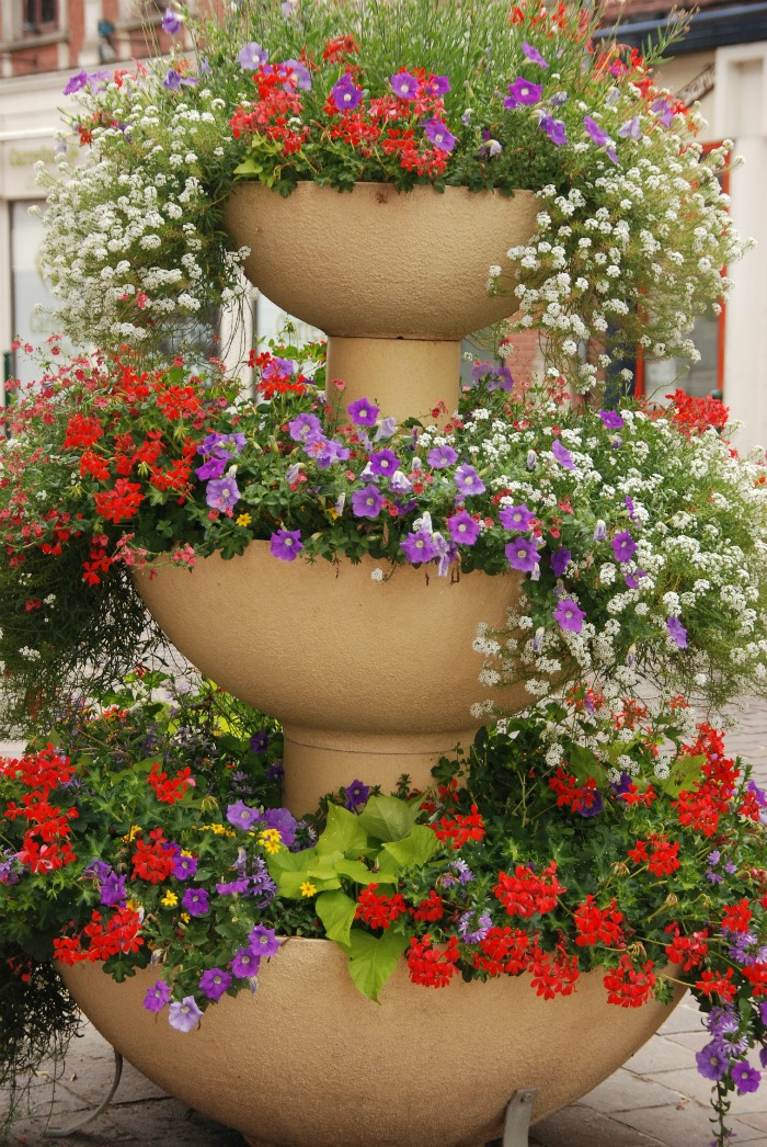 Tiered planters.