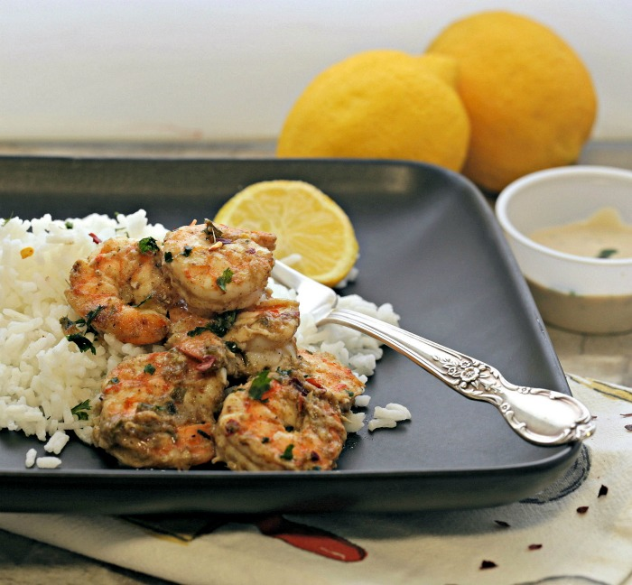 Tandoori shrimp and rice with lemon
