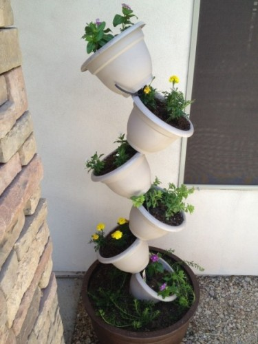 topsy turvy planter in plastic