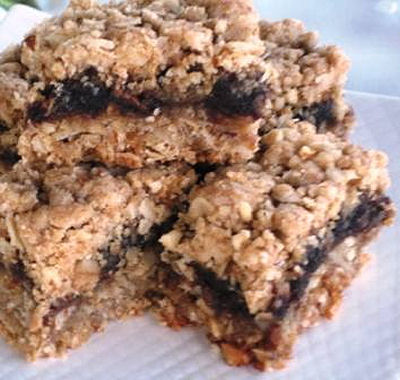 Super Granola Date Bars