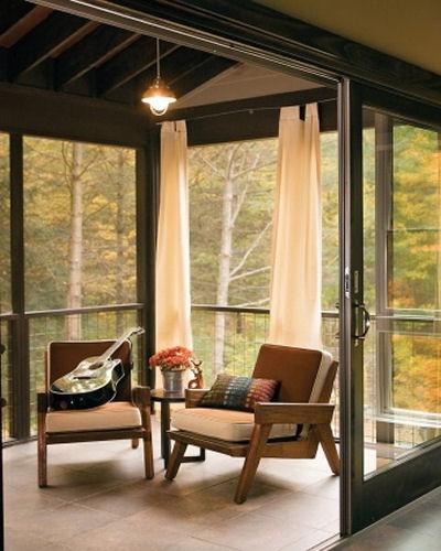 Minimalist sun room