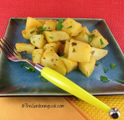 Roasted potatoes with lemon