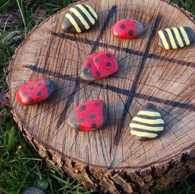 Ladybug Tic Tac Toe Game