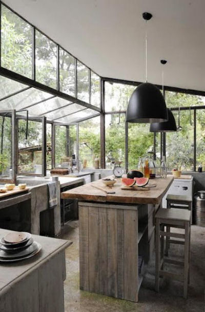 Three guesses as to what I love about this kitchen. You are right! The windows that let the outdoors in.