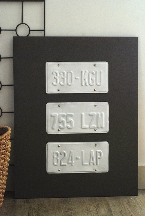 License plate wall art from The Crafty Blog Stalker