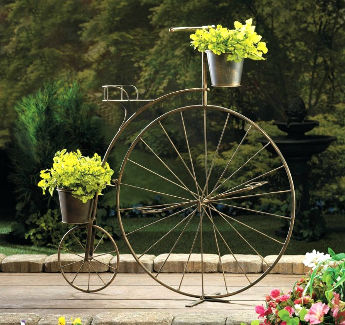 Old Fashioned Bicycle planter