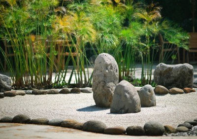 The simplicity of rocks and bamboo in a meditation setting