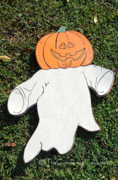 DIY Pumpkin Ghost