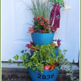 Staggered Planter with house numbers and fall plantings