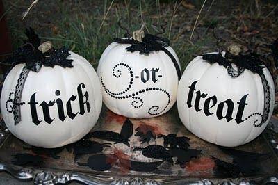Black and White no carve Pumpkins