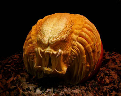 Ray Villafane Spooky and Eerie Carved Pumpkin
