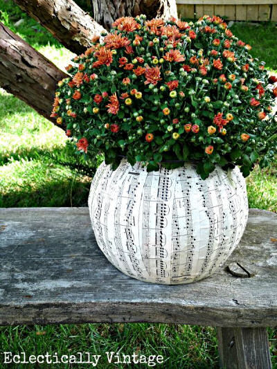Halloween pumpkin DIY musical planter