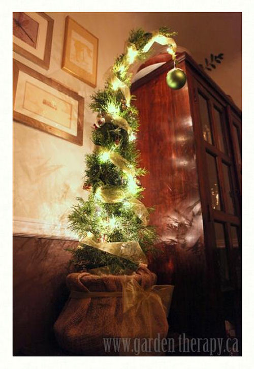 the grinch stole christmas tree from gardentherapyca - How The Grinch Stole Christmas Decorations