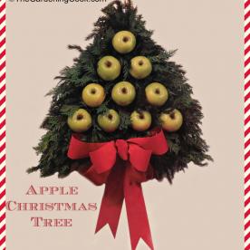 DIY Apple Pine Tree Wreath