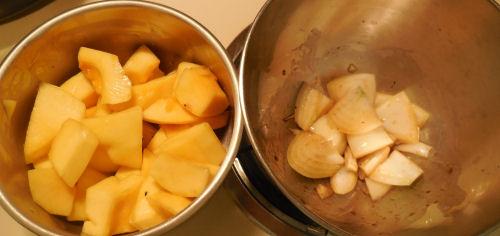 veggies in olive oil and balsamic vinegar