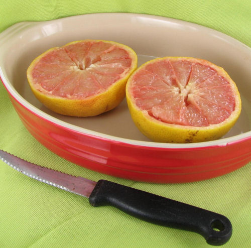 cut the grapefruit.