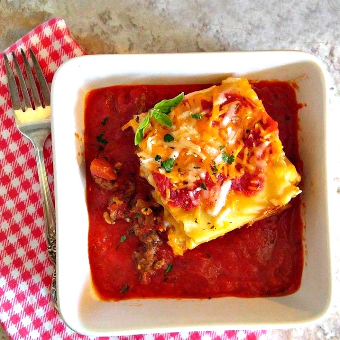 Lasagna roll ups are easy to make and perfectly portion sized.