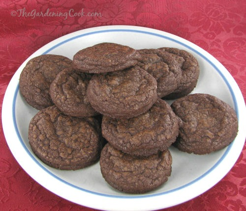 Fudge cookies for whoopie pies