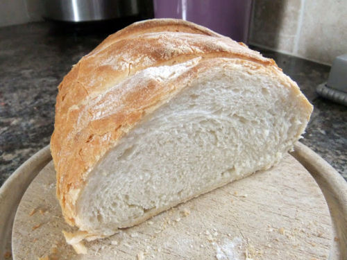 Classic white loaf from lovelygreens.com