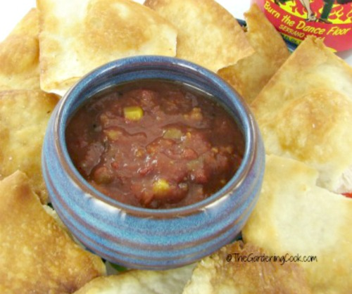 serrano salsa and chips